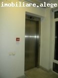 Apartament pretabil birouri