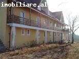 vanzare spatiu hotel/pensiune Poiana Marului-zona agroturistica